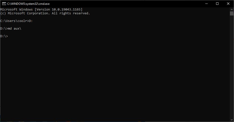 Creating an undeletable folder on the D drive.
